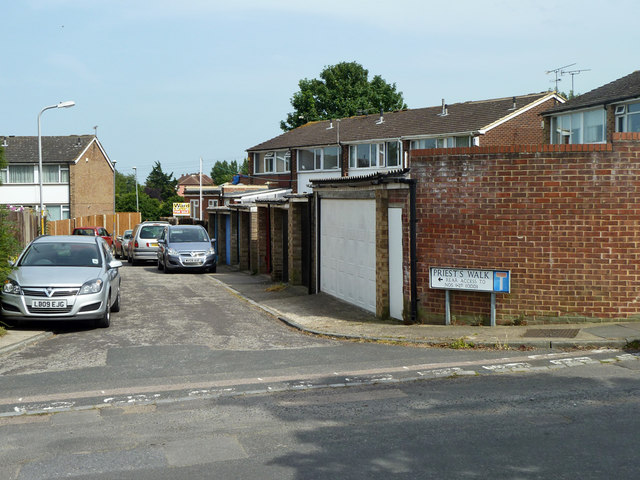 Rear access to houses on Priest's Walk, Chalk