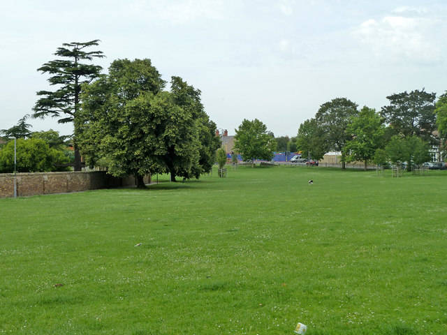 Dashwood Open Space, Gravesend