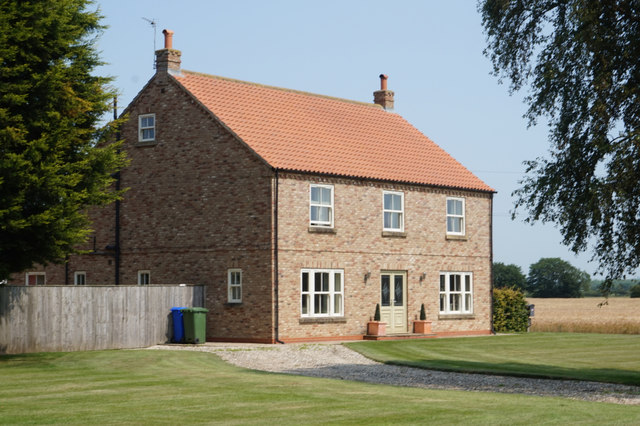House next to Rytham Gates Farm on Everingham Road