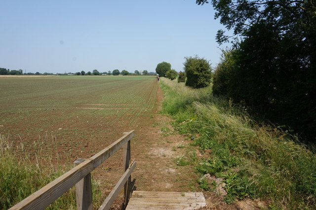 Path leading to Bielby