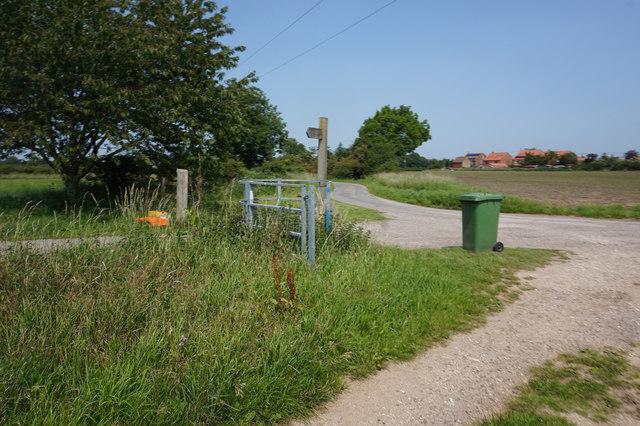 Fingerpost on Gale Carr Lane, Bielby