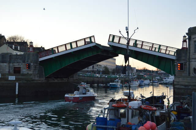 Town Bridge - opening