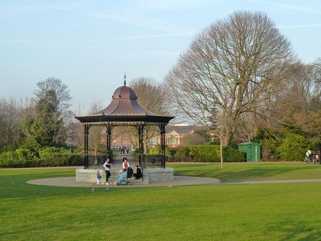Henry Wellcome Bandstand, Central Park, Dartford