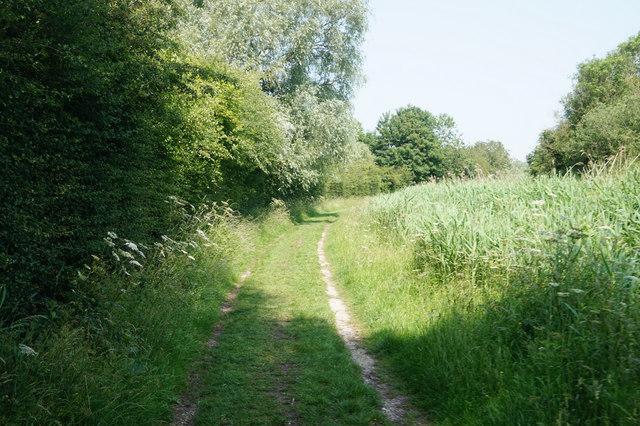 Wilberforce Way towards Sandhill Lock