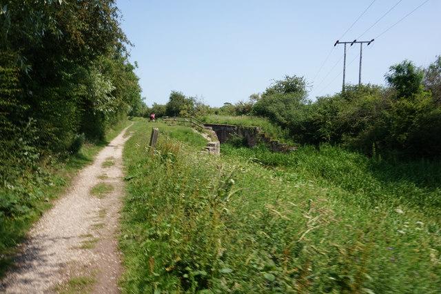 Wilberforce Way at Giles Lock
