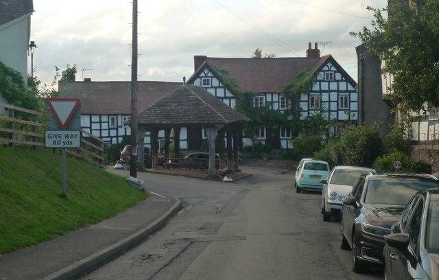 The New Inn and Pembridge Market Hall