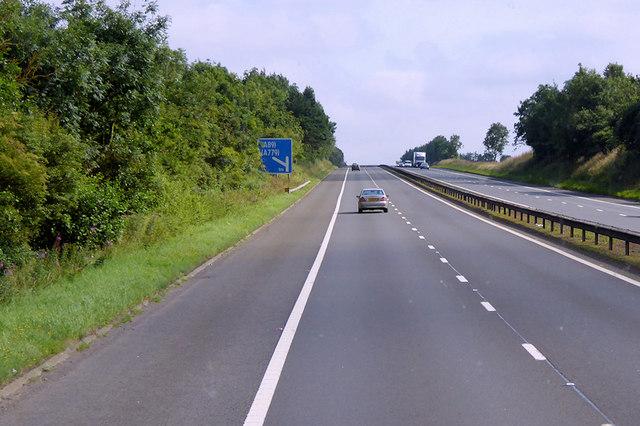 Eastbound M8 near Whitehill Industrial Estate