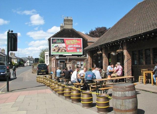 The Artichoke pub - outdoor seating area