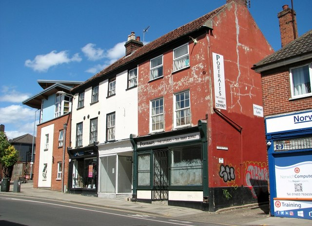 Shops and flats at the northern end of Magdalen Street