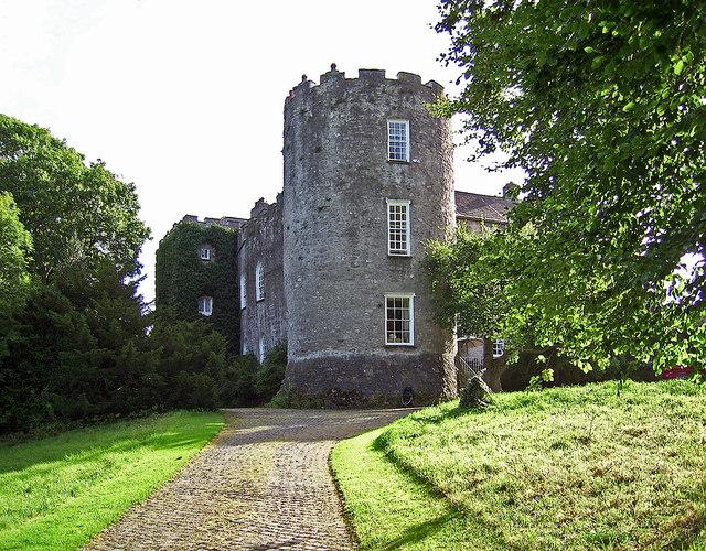 Kildare, o Kildare, Ireland, Site Founded By St. Brigid In