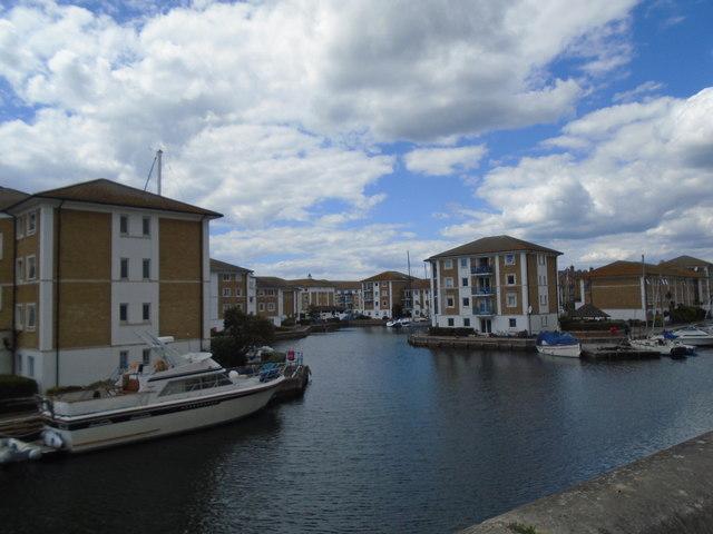 Locked basin - Brighton Marina