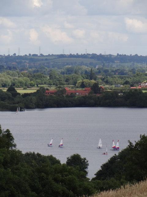 Dinghy sailing at Notts County Sailing Club