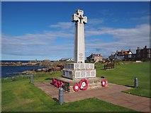 NT6779 : War Memorial Dunbar by Jennifer Petrie