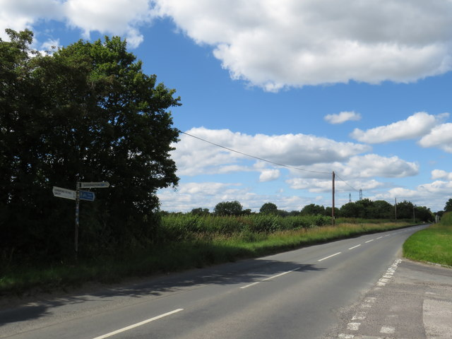 Spratsgate Lane near Cirencester