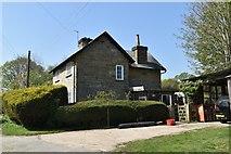 TQ5936 : Brickhouse Farmhouse by N Chadwick