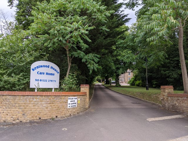 Kentwood House Care Home driveway, Darenth Road