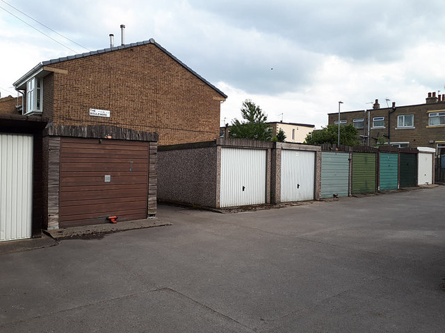 Lock-up garages, The Boulevard, Farsley