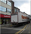 SO2800 : Farmfoods articulated lorry, Commercial Street, Pontypool by Jaggery