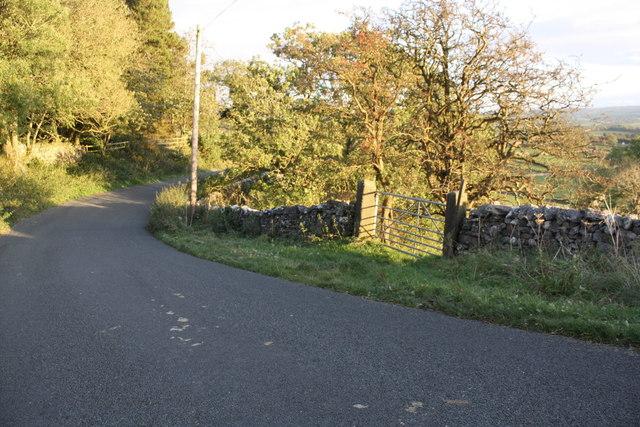 Field gateway from SW side of Old Road