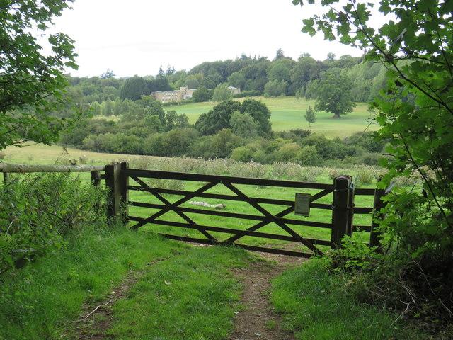 Gate near Enstone