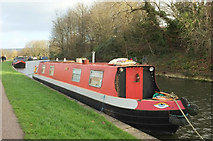 ST7565 : Narrowboats moored on Kennet and Avon Canal by Derek Harper