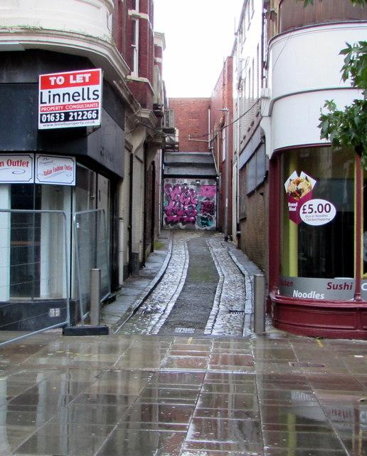 Cobbled dead-end lane in Newport city centre
