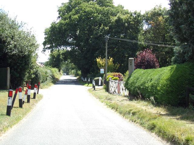 Station Road, Attlebridge & former level crossing