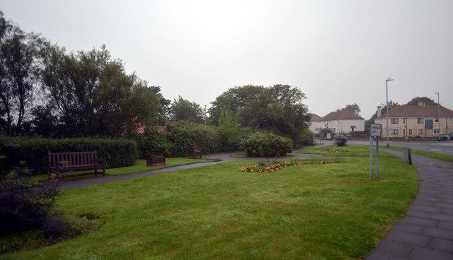 Roadside garden, Prince Edward Road (A1167)