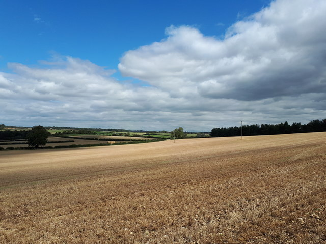 The Windrush valley between Asthall and Worsham