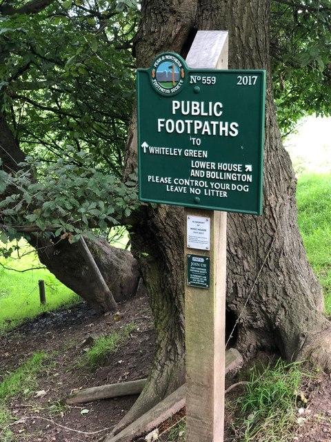 Peak & Northern Footpath Sign No 559