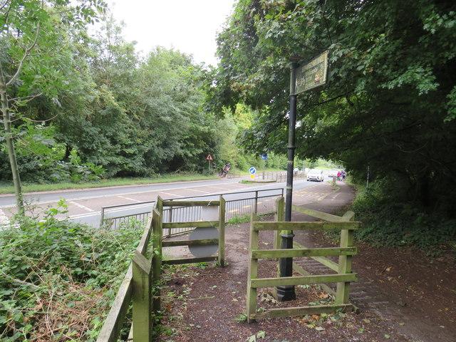 Strawberry Line path near Axbridge