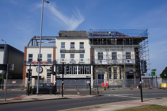 Demolition of the former Queens Hotel, Hull