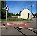 SO5012 : Start of the 20 zone, Goldwire Lane, Monmouth by Jaggery
