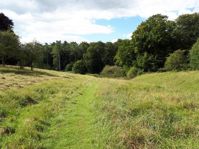 Monarch's Way entering Westonbirt Arboretum