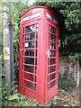 SU7990 : Red K6 Telephone Box in Frieth by David Hillas