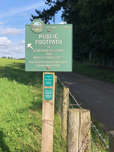 Peak & Northern Footpath Sign No 301