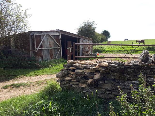 Corrugated iron shed near Ablington