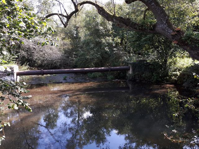 Water pipeline across River Avon (Sherston branch)