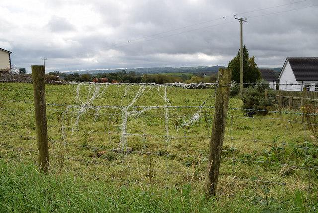 Wire fence, Mullaslin