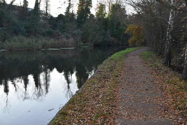 Capital Ring by Grand Union Canal by N Chadwick