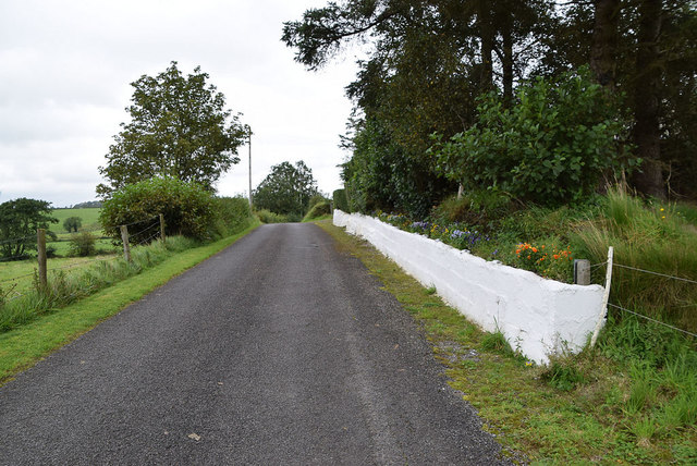 White-washed wall along Tullyneil Road