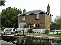 TQ1479 : Lock Cottage at Lock 92, Grand Union Canal by Robin Webster
