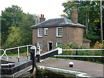 TQ1479 : Lock cottage at Lock 95, Grand Union Canal by Robin Webster
