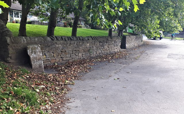 Milestone on Leeds Road, Rawdon