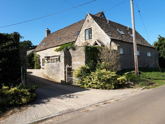 Manor Barn, Foxley