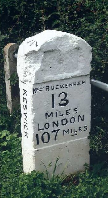 Old Milestone (north face) by the B1113, south of Harford Bridge