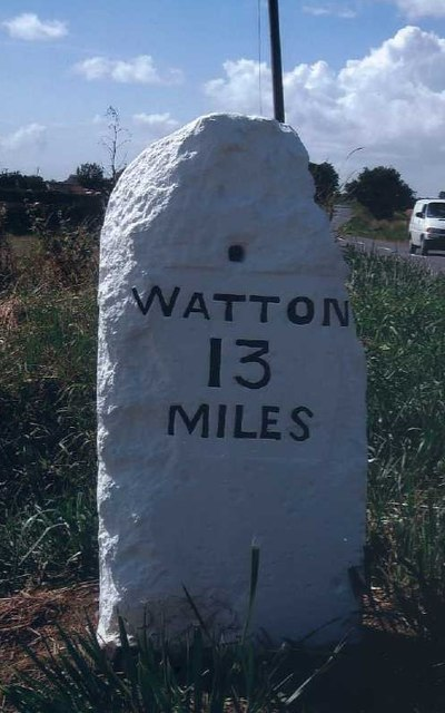 Old Milestone (east face) by the B1108, Watton Road, Barford Parish