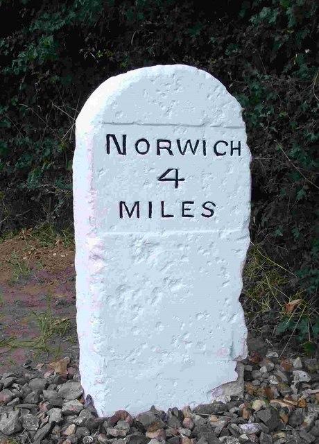 Old Milestone (west face) by the B1172, Norwich Road, Hethersett Parish