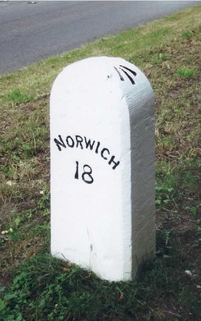Old Milestone (west face) by the B1108, Norwich Road, Carbrooke Parish