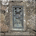 J0527 : Flush Bracket near Camlough by Rossographer